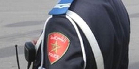 ابن برلماني يشتم شرطيا و يبصق عليه بعدما منعه من وضع دراجته النارية أمام القصر الملكي بالمضيق